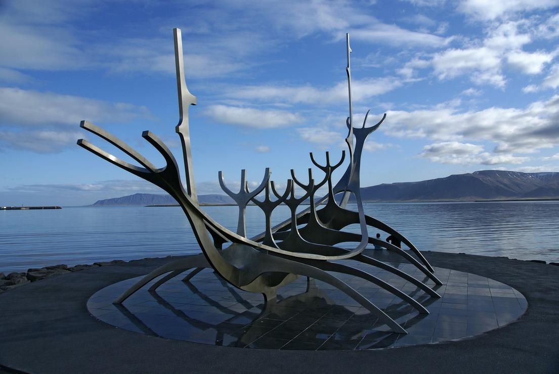 Giro attorno all 39 islanda maggio 2009 for Casette di legno in islanda reykjavik