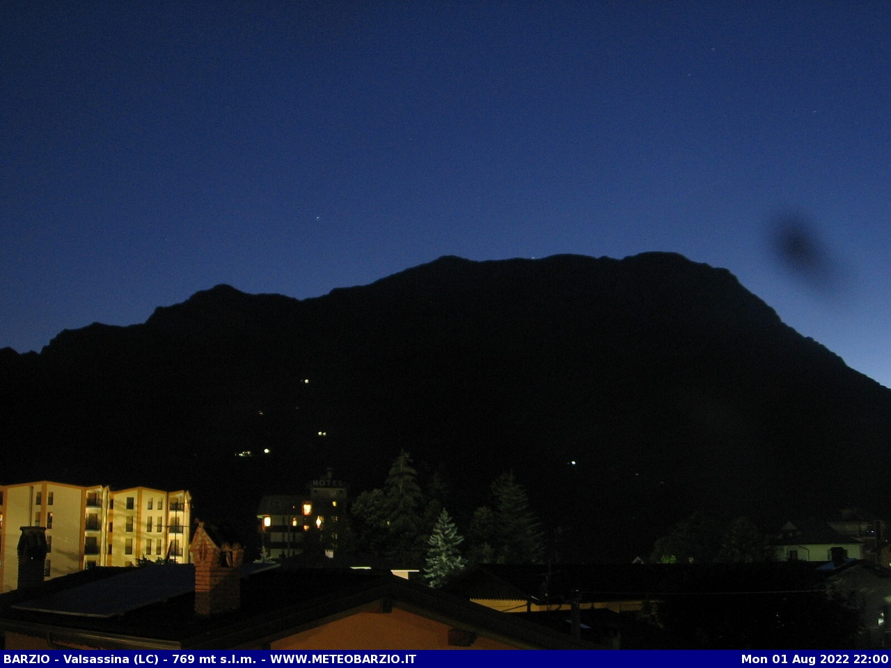 http://www.meteobarzio.it/Webcam/webcam22.php